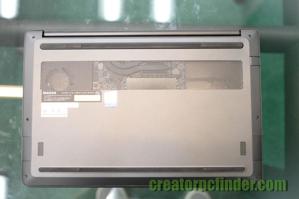 マウスコンピューター DAIV-NG4300 外観